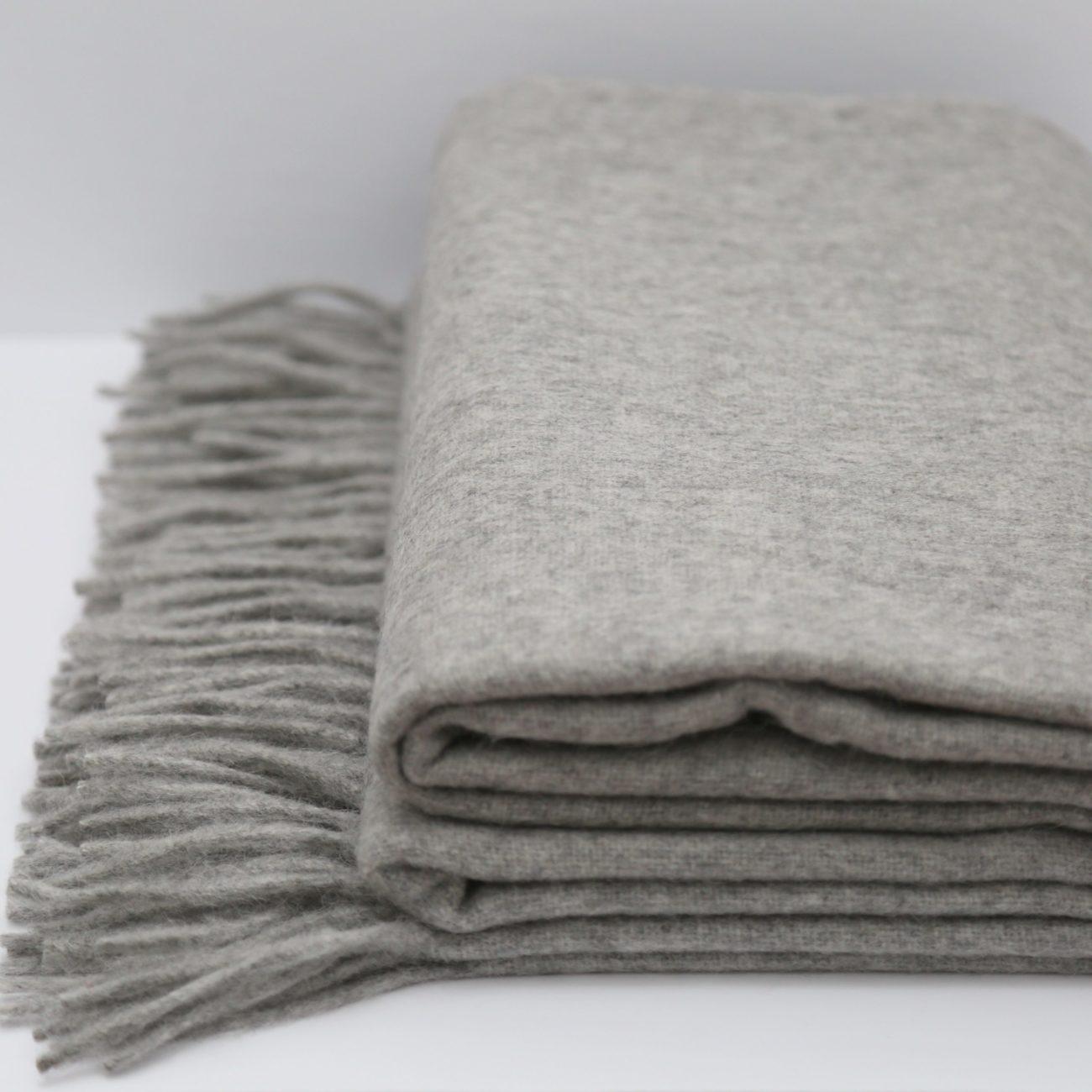 Alpaca and Wool Oversized Throw, Light Grey